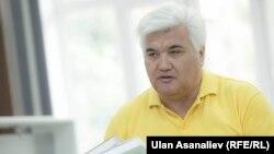 Сулайман Кайыпов менен тил дүйнөсүнө саякат