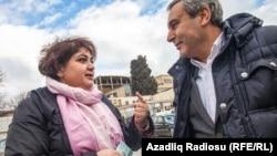 Jurnalist Xədicə İsmayıl və vəkil Elton Quliyev (19 fevral 2014)