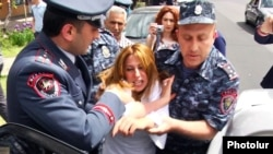 Armenia - Police forcibly remove Zaruhi Postanjian, an opposition mayoral candidate, from a campaign office of the ruling Republican Party in Yerevan, 14May2017.