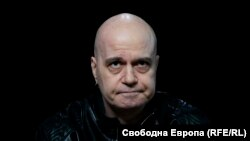 """E86A81C8 2C7D 41F8 B5C3 06E0EBC494F2 w250 r0 s The Bulgarian showman, """"Slav"""", may become an influential politician after the elections"""
