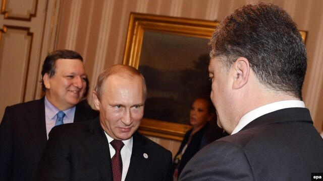 Остання на сьогодні зустріч Порошенка і Путіна відбулася 17 жовтня в Мілані