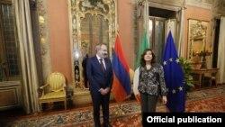 Встреча премьер-министра Армении Никола Пашиняна с председателем Сената Италии Марией Элизабеттой Казеллати, Рим, 21 ноября 2019 г.