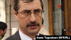 Евгений Жовтис, руководитель Казахстанского бюро по правам человека. Алматы, 26 марта 2013 года.
