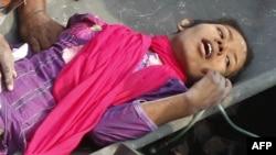 Решма, врятована з-під завалів будинку у Бангладеш