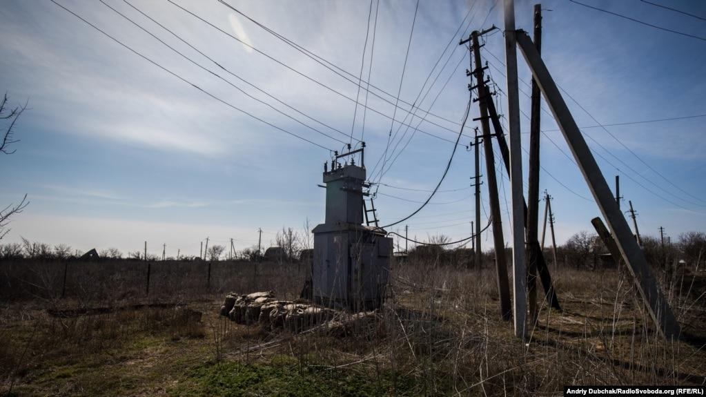 «Серце Водяного» – електрична підстанція, від якої живиться усе село та частково українські військові, яких тут чимало