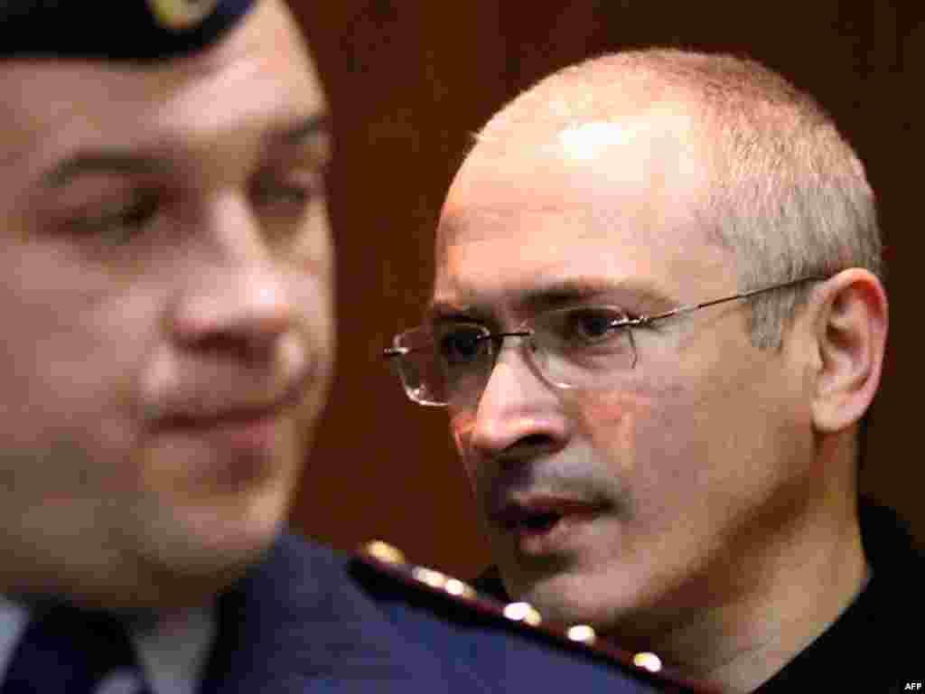 Михаил Ходорковский в зале суда, май 2011 года