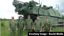 Фото военнослужащих России из доклада группы Bellingcat, исследующей крушение самолета Boeing в Донецкой области Украины.