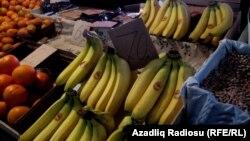 Сатуучулардын айтымында, 10-15 күн мурда эболадан чочулап, банан алгандар азайган.