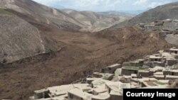 استان بدخشان در میان رشتهکوههای پامیر و هندوکش و در نزدیکی مرز چین قرار دارد.