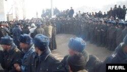 Оппозициянын Таластагы жолугушууларынан бир учур. 17-январь, 2009.