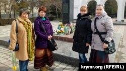 Активисты Украинского культурного центра