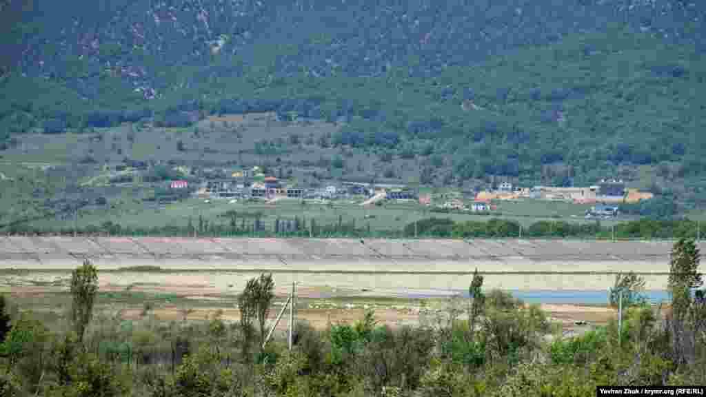 Обміління в південній частині Чорноріченського водосховища