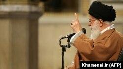 خامنهای مردم معترض را اشرار، ناباب، کینهورز و جوانان هیجانزده خواند. این توصیفها مجوز سرکوب است.