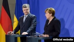 Петро Порошенко і Анґела Меркель, архівне фото