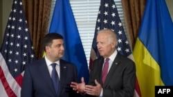 Джозеф Байден та Володимир Гройсман у церемоніальному офісі віце-президета США у Білому домі