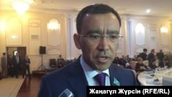 Мәулен Әшімбаев, парламент мәжілісінің депутаты.