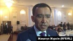 Маулен Ашимбаев. 19-май, 2017-жыл. Архивдик сүрөт.