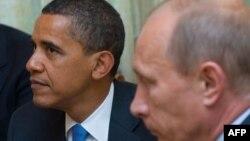 Обама (слева) и Путин, Ново-Огарево, 7 июля 2009