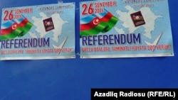 Referendum plakatları