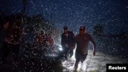 Tropska oluja u SAD-u, fotoarhiv