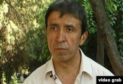 Фаррух Аҳроров, рассом ва рӯзноманигори тоҷик
