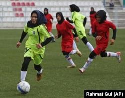آرشیف، بانوان فوتبالیست افغان