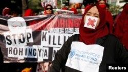 Burmanske vlasti su saopštile da je ubijeno najmanje 400 ljudi u sukobima koji su usledili
