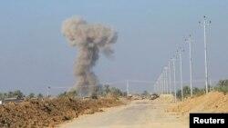 Pamje pas një sulmi kundër militantëve në qytetin Jurf al-Sakhar