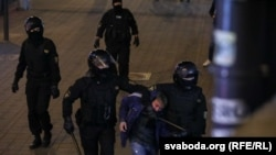 Riot police detaining protesters on September 23 in downtown Minsk after Lukashenka's inauguration.