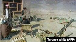 آرشیف، شماری از جنگجویان گروه طالبان