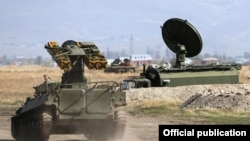 Armenia - Exercises at the Russian military base in Armenia, 13Oct,2014