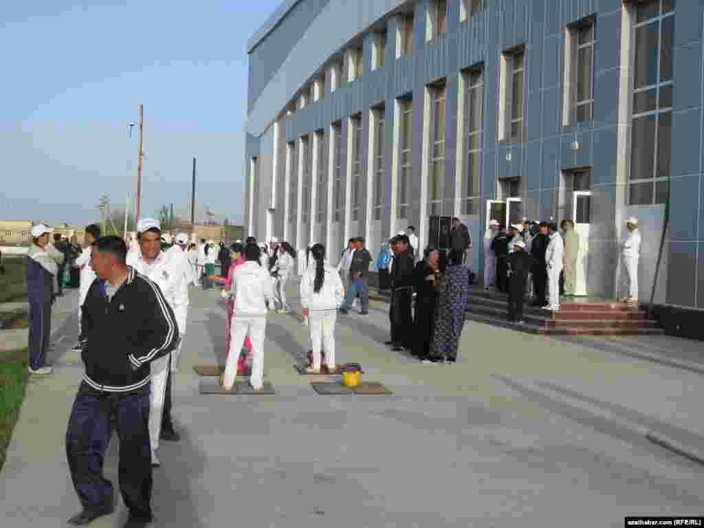 Turkmenistan. Health Week. Public walk along the Path of Health in Turkmenabat. Turkmenabat, April 7, 2013.