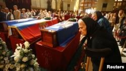 Izložena tela porodice Karađorđević u Sabornoj crkvi u Beogradu
