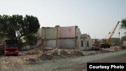 В настоящее время конфликты при сносе жилья являются одной из самых острых проблем в Узбекистане.