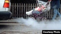 Отравленный воздух ижевских дворов. Фото Надежды Гладыш