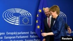 Nicola Sturgeon i Martin Schulz