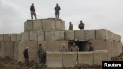 Солдаты афганской правительственной армии, провинция Кундуз, Афганистан, 4 марта 2020 года