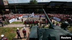 "Акция против сепаратистов на стадионе ""Донбасс-Арена"". 20 мая 2014 года."
