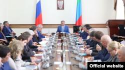 Заседание правительства Дагестана (архивное фото)
