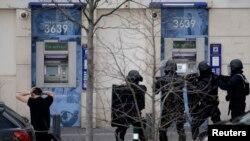 دستگیری گروگانگیر در شمال پاریس توسط نیروهای ویژه فرانسه