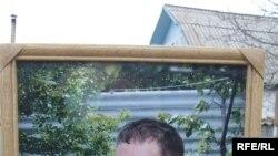 Қырғыз журналисі Геннадий Павлюк өз аманаты бойынша Ыстықкөл маңында жерленді. 24 желтоқсан 2009 жыл.