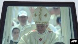 Папа Римский Бенедикт XVI во время недавнего визита в Хорватию