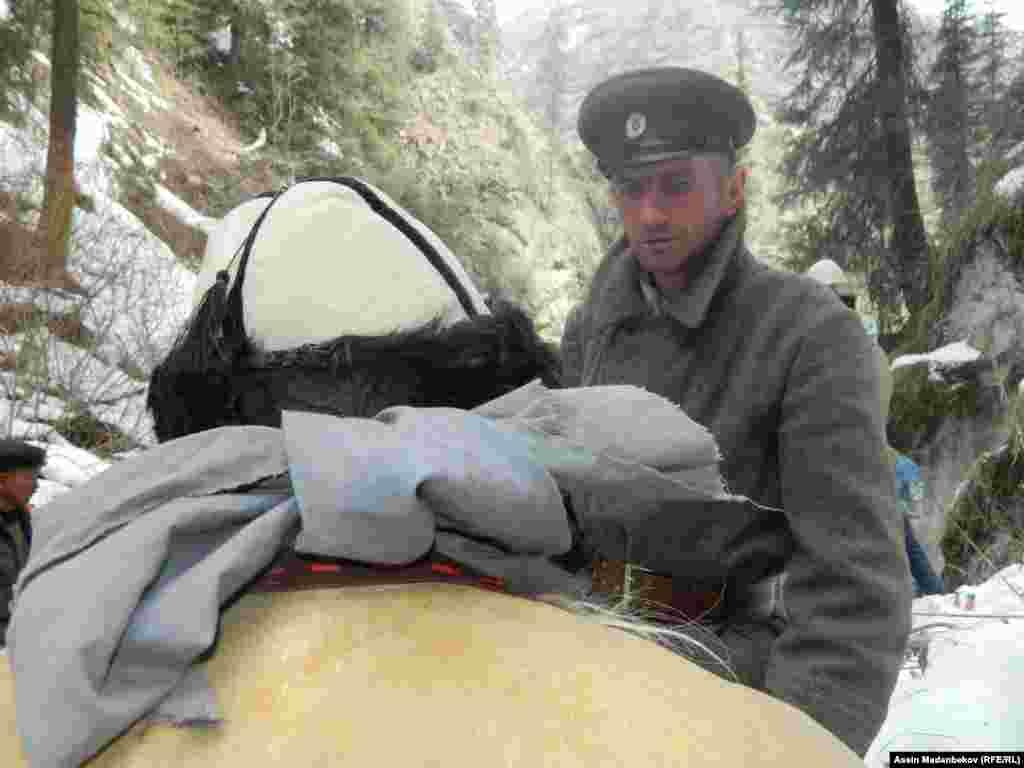 В мае 2015 года президент Кыргызстана Алмазбек Атамбаев подписал указ об увековечении памяти погибших во время восстания 1916 года.