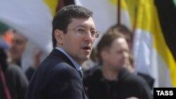 Александр Поткин в бытность лидером российского националистического движения «Русские».