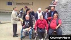 Invalidi iz BiH na protestu u Briselu, FOTO: SRNA
