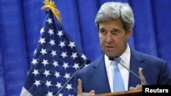 Джон Керрі на прес-конференції в Багдаді, 8 квітня 2016 року