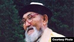Манасчы Жусуп Мамай.