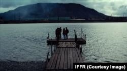 "Долгое озеро. Кадр из фильма ""Комбинат ""Надежда"""