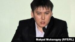 Жанболат Мамай, один из издателей газеты «Ашық алаң».