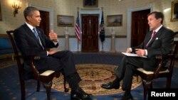 АҚШ Президенти Барак Обама душанба куни бир нечта телеканал, жумладан Fox News мухбири Крис Уолласга ҳам интервью берди.